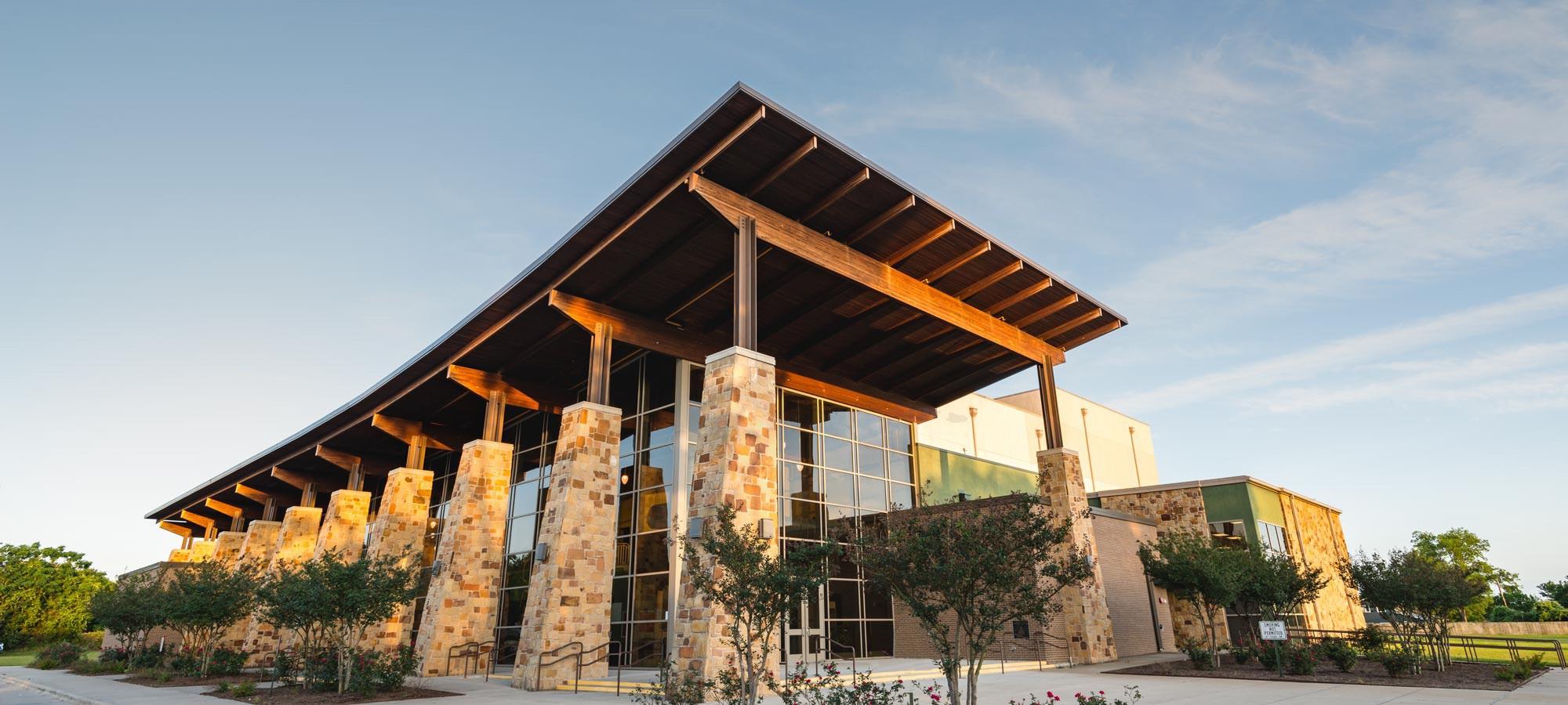 Lueders & Texas Limestone & Sandstone   Thin Stone Veneer